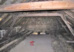 Schule Schaeden Dachkonstruktion Web